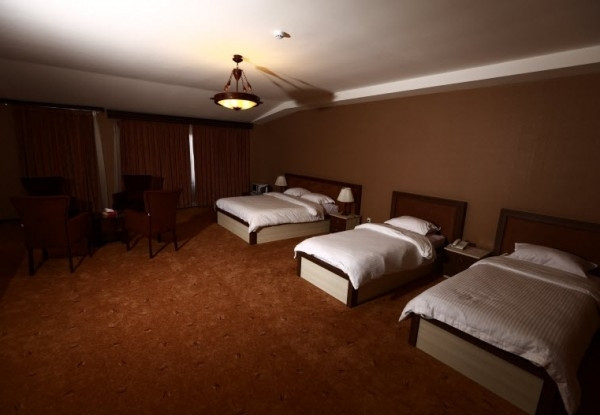 هتل معین